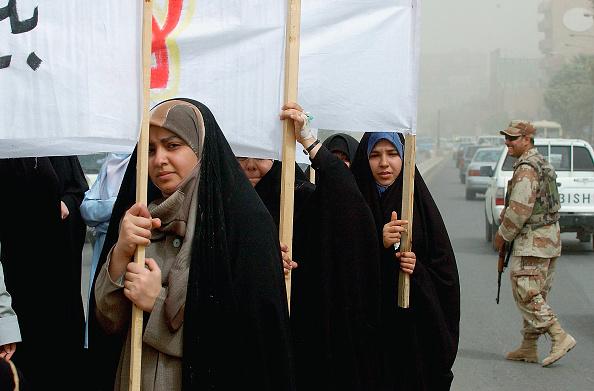 Baghdad「Iraqi Women Protest Over Rights In Baghdad」:写真・画像(1)[壁紙.com]