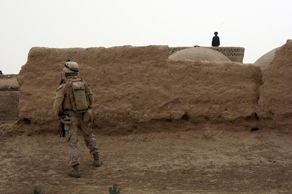 John Moore「U.S. Marines On Operations In Remote Southwest Afghanistan」:写真・画像(6)[壁紙.com]