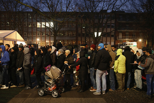 ドイツ「Germany To Receive Over One Million Migrants Before Year's End」:写真・画像(5)[壁紙.com]