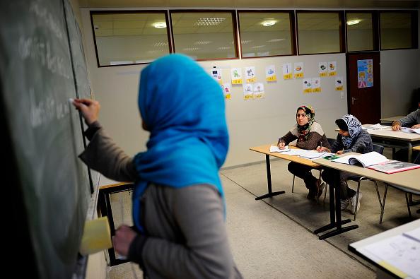 行く手「Everyday Life At A Refugees Shelter」:写真・画像(18)[壁紙.com]