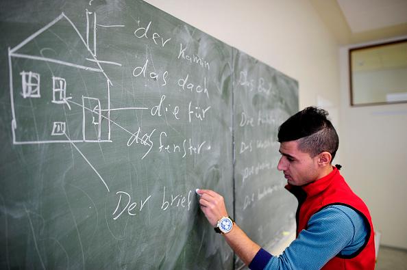 行く手「Everyday Life At A Refugees Shelter」:写真・画像(17)[壁紙.com]