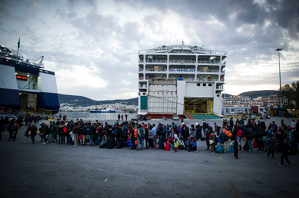 乗客輸送船「Greek Island Of Lesbos On The Frontline Of the Migrant Crisis」:写真・画像(2)[壁紙.com]