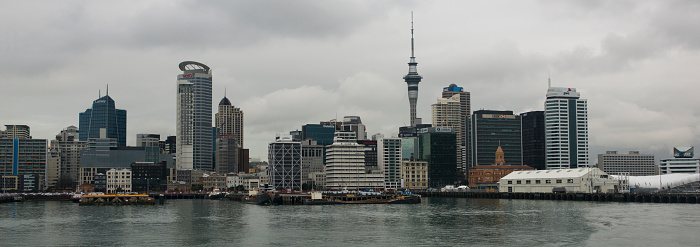 New Zealand Culture「Auckland skyline on a stormy afternoon.」:スマホ壁紙(7)