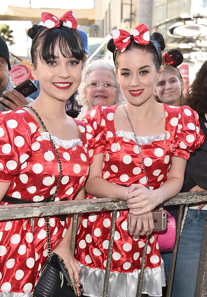 ミニーマウス「Disney's Minnie Mouse Celebrates Her 90th Anniversary With Star On The Hollywood Walk Of Fame」:写真・画像(3)[壁紙.com]