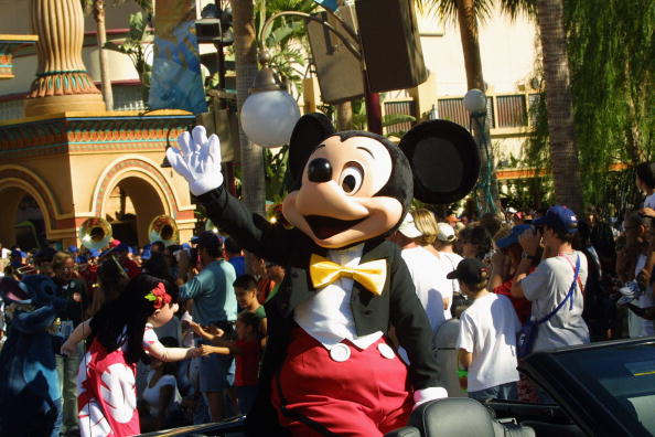 ミッキーマウス「Mickey Mouse, ABC Primetime Preview Weekend At Disney's California Adventure」:写真・画像(17)[壁紙.com]