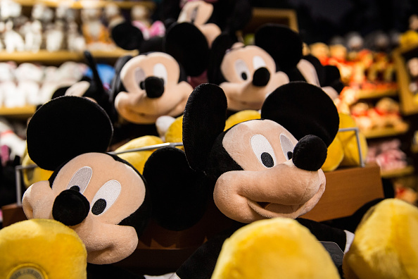 Mickey Mouse「Traditional Media Companies Hit With Big Losses On Wall Street」:写真・画像(17)[壁紙.com]
