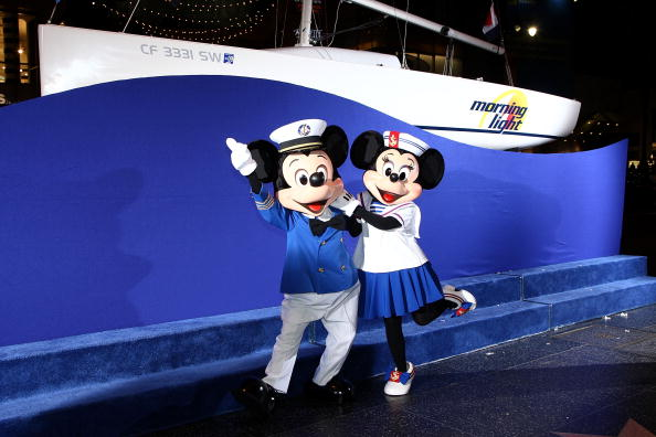 Mickey Mouse「Premiere Of Walt Disney Pictures' 'Morning Light' - Arrivals」:写真・画像(6)[壁紙.com]