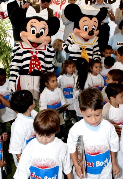 ミニーマウス「Disney's Reading Together Campaign」:写真・画像(17)[壁紙.com]
