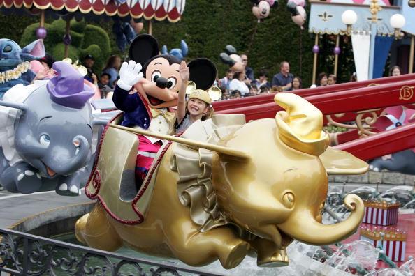 Mickey Mouse「Disneyland 50th Anniversary Celebration」:写真・画像(4)[壁紙.com]