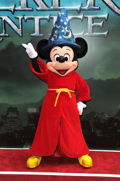 ミッキーマウス「'The Sorcerer's Apprentice' New York Premiere - Inside Arrivals」:写真・画像(3)[壁紙.com]