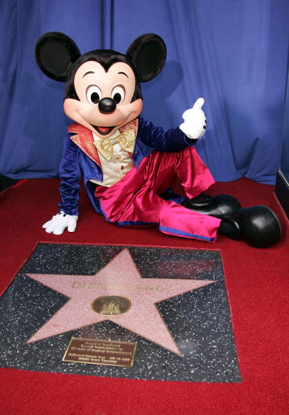 Hollywood - California「Hollywood Celebrates Disneyland's 50th Anniversary」:写真・画像(14)[壁紙.com]