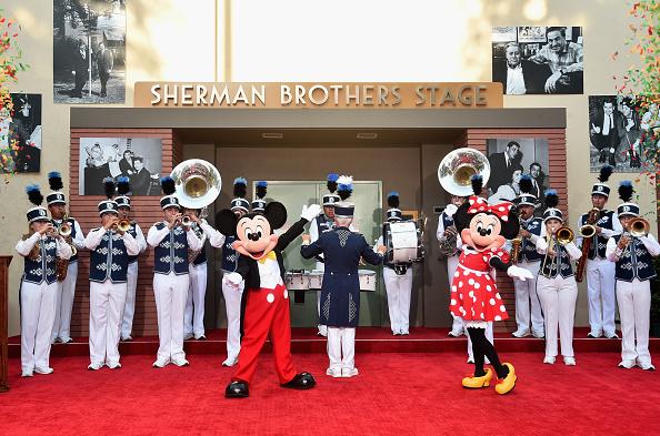 ミニーマウス「World Premiere Of Disney's 'Christopher Robin'」:写真・画像(6)[壁紙.com]