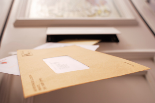Front Door「Mail falling from letterbox, low angle view」:スマホ壁紙(3)