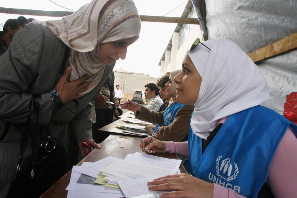 UNHCR「Iraqis wait their turn to register at the United Nations High Commissioner for Refugees (UNHCR) registration centre」:写真・画像(6)[壁紙.com]