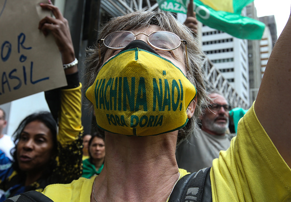 Infectious Disease「Anti Mandatory Vaccine Movement Manifestation in Sao Paulo Amidst the Coronavirus (COVID -19) Pandemic」:写真・画像(9)[壁紙.com]
