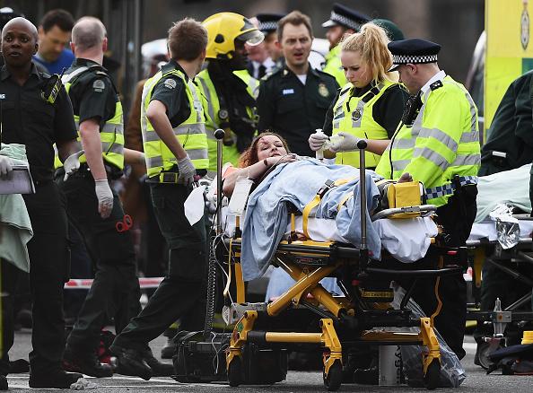 英国 ロンドン「Firearms Incident Takes Place Outside Parliament」:写真・画像(13)[壁紙.com]
