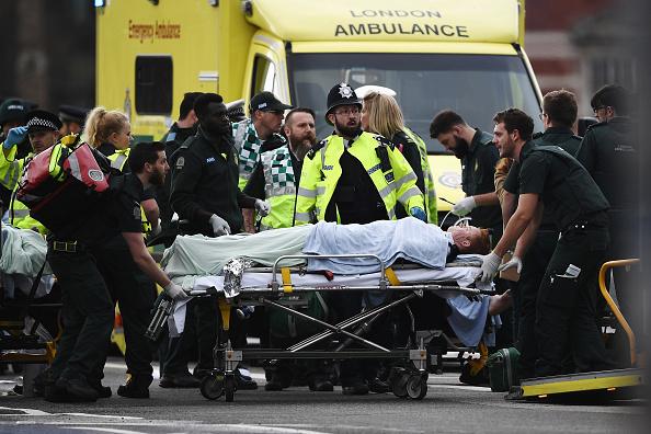 Westminster Bridge「Firearms Incident Takes Place Outside Parliament」:写真・画像(6)[壁紙.com]