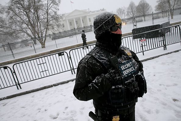 2016 Winter Storm Jonas「Mid Atlantic States Prepare For Large Snow Storm」:写真・画像(17)[壁紙.com]