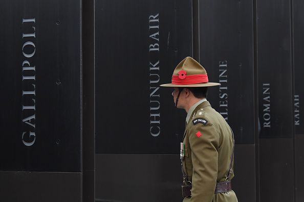 Dawn「Anzac Day Commemorated In New Zealand」:写真・画像(7)[壁紙.com]