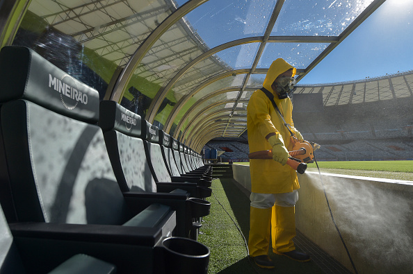 Bench「Mineirao Stadium Disinfection Prior to the Sunday Soccer Match Amidst the Coronavirus (COVID-19) Pandemic」:写真・画像(14)[壁紙.com]