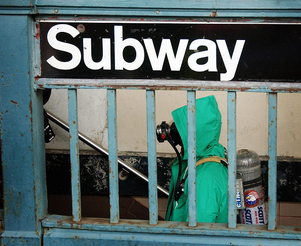 Science and Technology「Suspicious Package Found In NY Subway」:写真・画像(17)[壁紙.com]