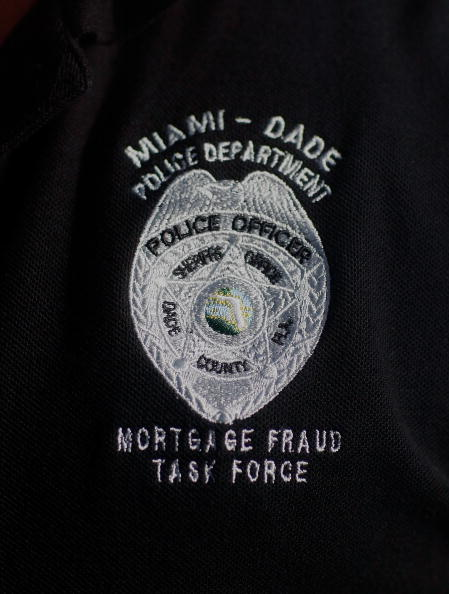 Florida - US State「Miami's Mortgage Fraud Task Force Works To Stop Foreclosures」:写真・画像(4)[壁紙.com]