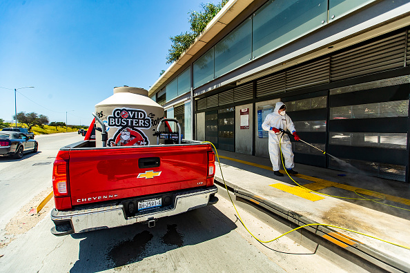Baja California Peninsula「'COVID Busters' Disinfect Tijuana During Coronavirus Outbreak」:写真・画像(0)[壁紙.com]