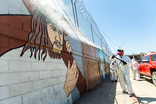 Baja California Peninsula「'COVID Busters' Disinfect Tijuana During Coronavirus Outbreak」:写真・画像(1)[壁紙.com]