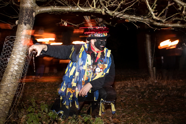 Human Interest「Hartley Wintney Wassail Is Celebrated In Oxfordshire」:写真・画像(9)[壁紙.com]
