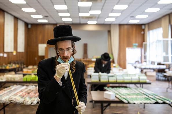 Frond「London's Jewish Community Prepare For Yom Kippur」:写真・画像(18)[壁紙.com]