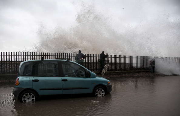 Water's Edge「Storms Hit South West Of The UK」:写真・画像(15)[壁紙.com]