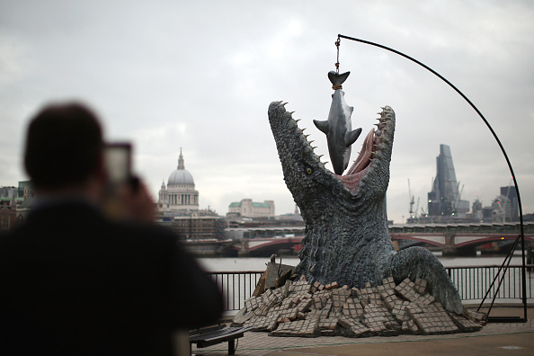 Life - 2015 Film「Prehistoric Creature In Central London Launches Jurassic World Film On DVD」:写真・画像(6)[壁紙.com]