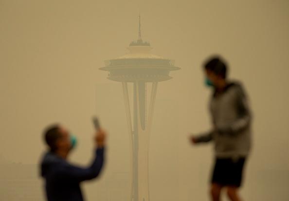 Fire - Natural Phenomenon「Massive Smoke Cloud Descends On Seattle Amid Historic Fires」:写真・画像(13)[壁紙.com]