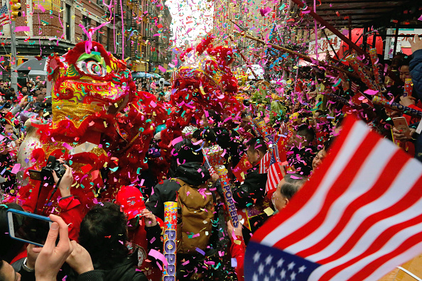 Bestpix「Lunar New Year Parade Held In New York City's Chinatown」:写真・画像(12)[壁紙.com]