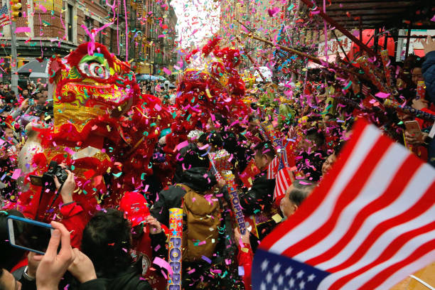 Lunar New Year Parade Held In New York City's Chinatown:ニュース(壁紙.com)