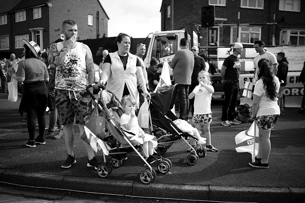 Patriotism「Stone Cross St George's Day Parade」:写真・画像(19)[壁紙.com]