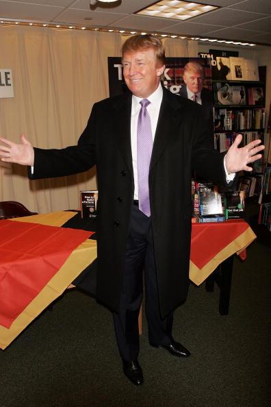 Human Arm「Donald Trump Launches Education Initiative At Barnes & Noble」:写真・画像(14)[壁紙.com]