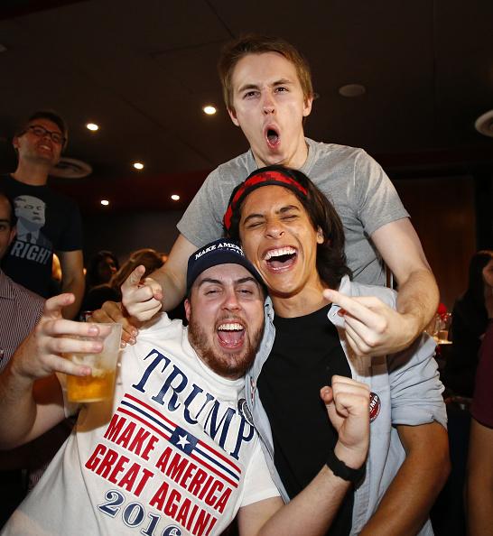 Daniel Munoz「Americans In Australia React To US Election Result」:写真・画像(19)[壁紙.com]
