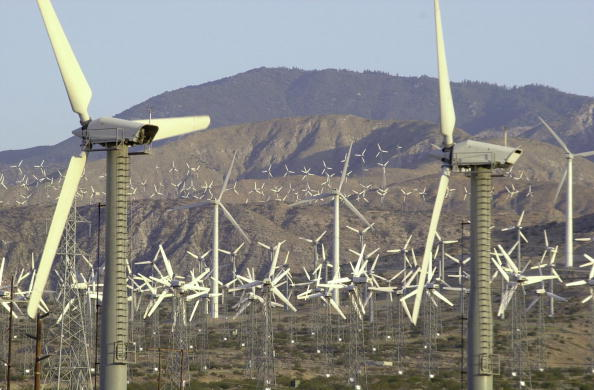 "Clean「Wind Farm Creates ""Clean"" Energy in Calfornia」:写真・画像(10)[壁紙.com]"