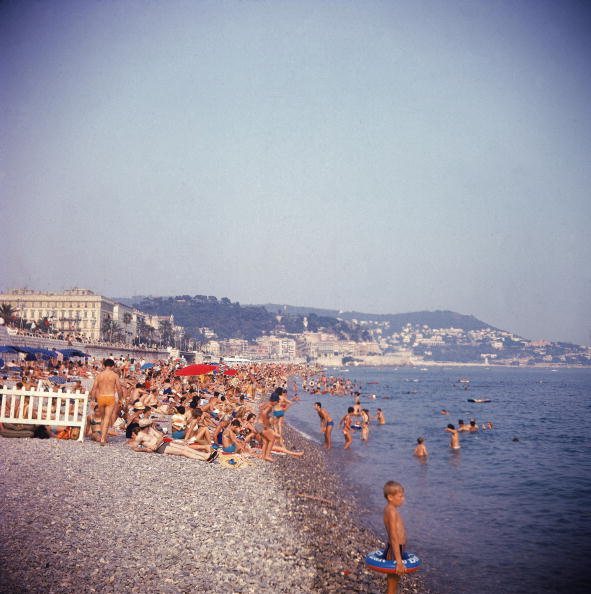 Nice - France「The Beach At Nice」:写真・画像(11)[壁紙.com]