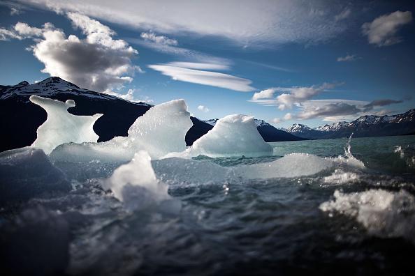モレノ氷河「Global Warming Impacts Patagonia's Massive Glaciers」:写真・画像(19)[壁紙.com]