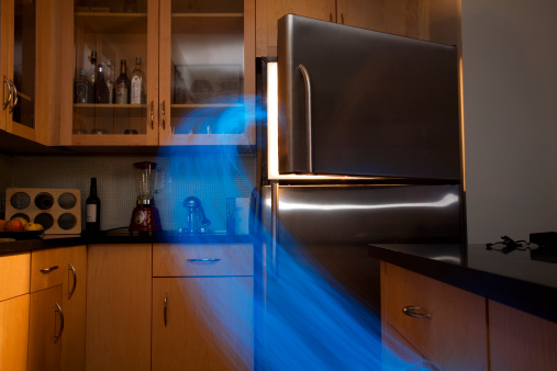 Digital Composite「Blue lights streaming from freezer (Digital Composite)」:スマホ壁紙(7)