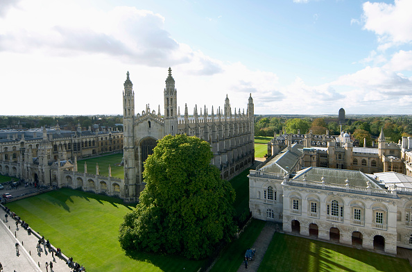 High Angle View「King's College and Old Schools from St Mary's Church, Cambridge, UK」:写真・画像(16)[壁紙.com]
