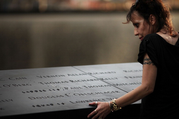 911 Remembrance「Ground Zero Workers Commemorate 10 Years After Official End Of Clean Up」:写真・画像(17)[壁紙.com]