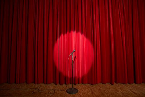 Spotlight「Spotlight on microphone stand on stage」:スマホ壁紙(11)