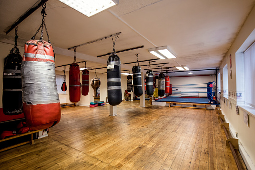 Rustic「Boxing Ring and Fitness Gym」:スマホ壁紙(2)