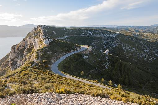 Winding Road「Route des Cretes landscape with road」:スマホ壁紙(3)