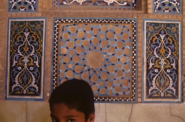 Yazd「Boy in Juma Mosque」:写真・画像(11)[壁紙.com]
