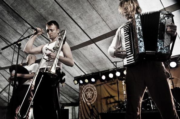 Accordion - Instrument「Svjata Vatra」:写真・画像(12)[壁紙.com]