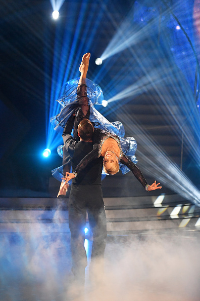 パフォーマンス「'Let's Dance' 1st Show」:写真・画像(11)[壁紙.com]